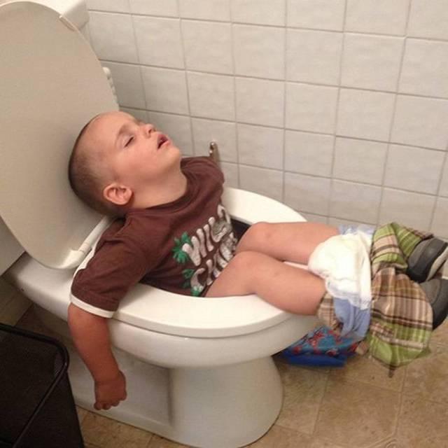 enfants-fatigues-dormir-partout-01