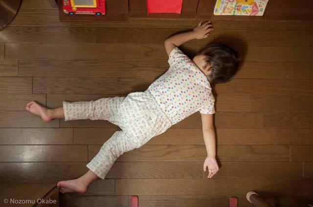 enfants-fatigues-dormir-partout-14