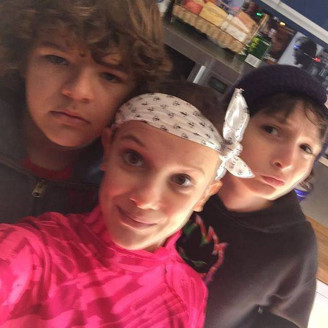 enfants-stranger-things-hors-camera-05