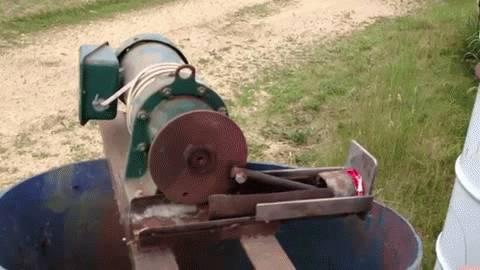machine-ecraser-canettes
