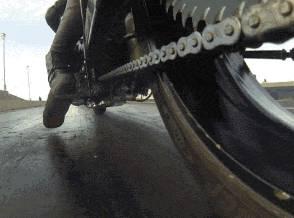 chaine-moto-drag-demarrage