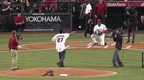 casser-femur-attrapant-balle-baseball