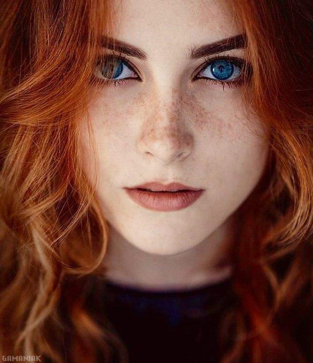 rousse-yeux-bleus