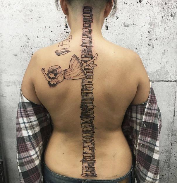 tatouages-colonne-vertebrale-12