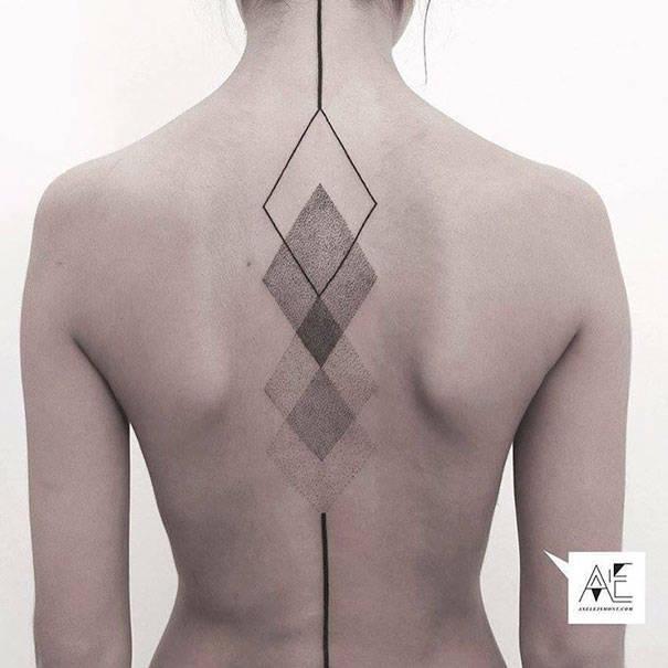 tatouages-colonne-vertebrale-37