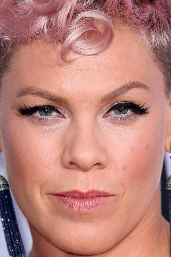 visage-celebrites-pres-pink