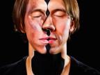 peinture-noire-pour-creer-2-visages