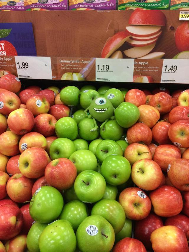 monstre-parmi-pommes