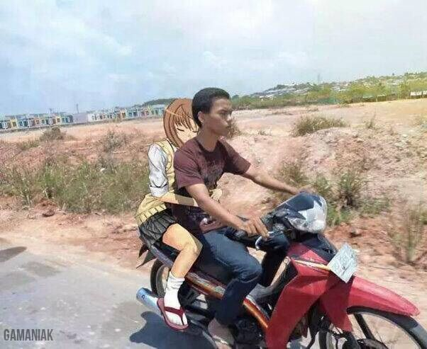 photoshop-fille-anime-moto