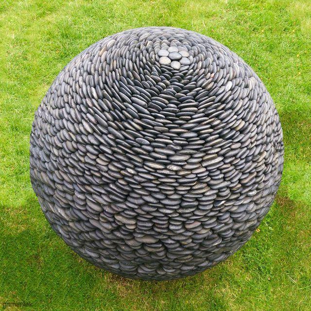 sphere-pierres-plates