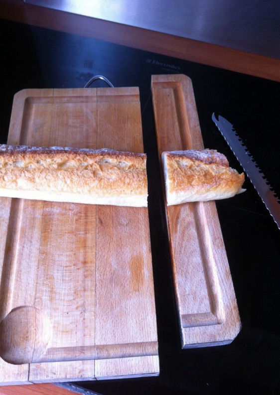 couper-baguette-plateau-avec
