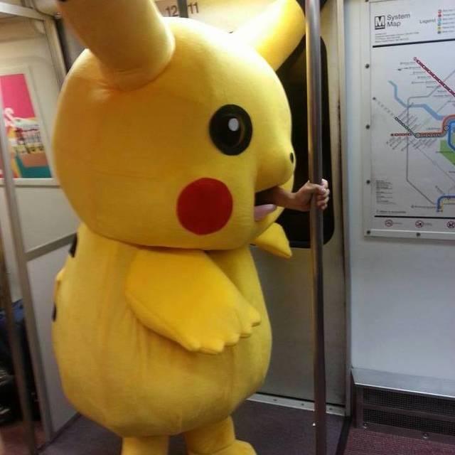 pikachu-barre-metro