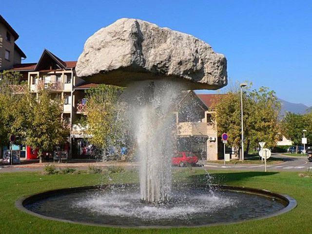 fontaine-jet-eau-puissant