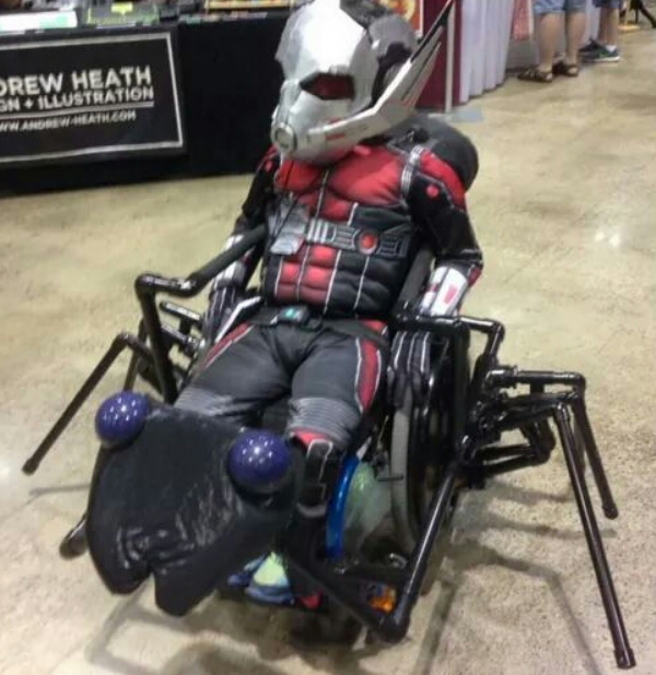 cosplay-antman-chaise-roulante