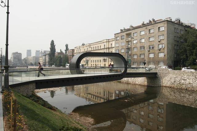 pont-avec-looping