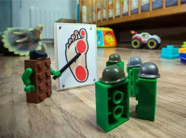 soldats-legos-mission-pied