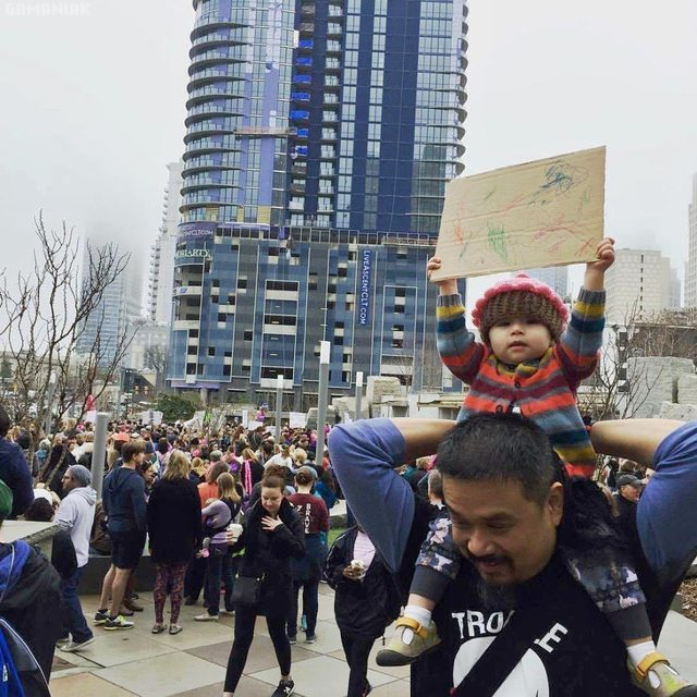 bebe-pancarte-manifestation