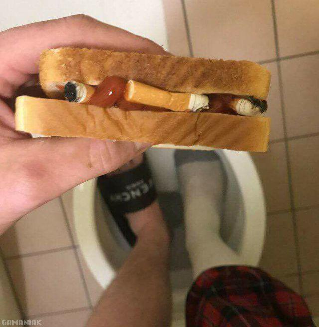 pieds-toilettes-sandwich-clopes-ketchup