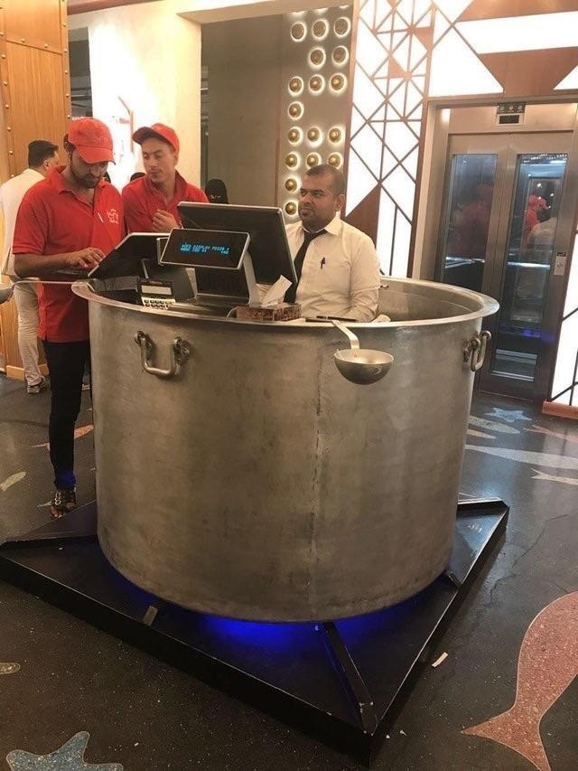 caissier-restaurant-marmite