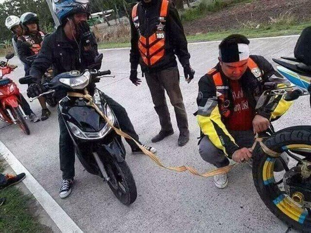 comment-pas-remorquer-scooter-panne