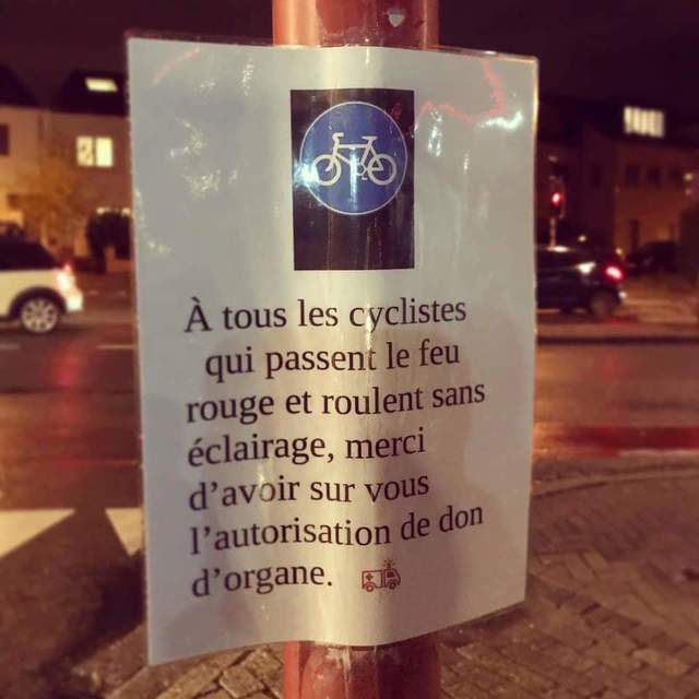 cycliste-feu-rouge-don-organes
