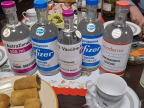 vaccins-astrazeneca-pfizer-moderna-version-alcool