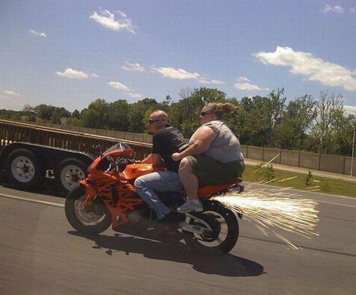 images-vrac-47-copine-grosse-moto-etincelles