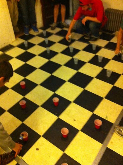 jouer-aux-dames-sur-carrelage