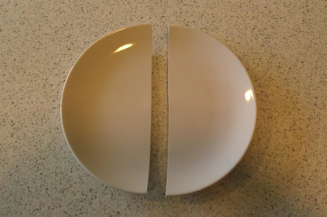 assiette-parfaitement-coupee-2