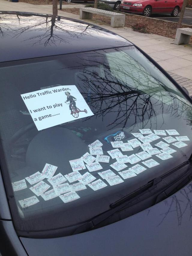hello-traffic-warden-want-play-game