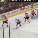 charge-violente-au-hockey-sur-glace