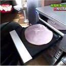 bakuten-lecteur-cd-mange-jambon