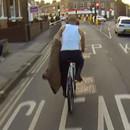 miniature pour Ne pas retirer sa veste à vélo