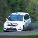 miniature pour Cameraman frappé par la roue d'une voiture de Rallye