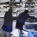 mamie-prend-escalator