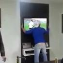 miniature pour Regarder la Coupe du Monde et être trop excité