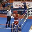 boxeur-frappe-arbitre-corrompu