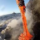miniature pour De la lave qui coule dans l'océan