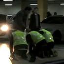 femme-retablit-loi-parking