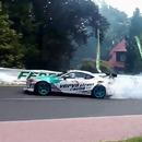 pneu-voiture-percute-femme