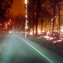 miniature pour Conduire à travers une route enflammée