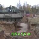 tank-traverse-tranchee-vitesse-lente-rapide
