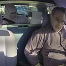 braque-taxi-devant-police