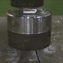 miniature pour Plier une feuille 7 fois avec une presse hydraulique