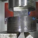 miniature pour Une presse hydraulique perd contre un aimant en Neodymium