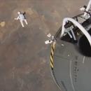 miniature pour (Parodie) Le saut de Felix Baumgartner