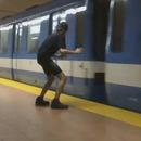 miniature pour Un homme qui peut arrêter et démarrer le métro