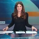 Une présentatrice montre sa culotte aux téléspectateurs