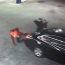 miniature pour Une femme kidnappée s'échappe du coffre de la voiture