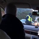 miniature pour La police fait souffler le passager pour un contrôle d'alcool